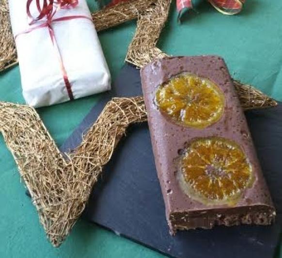 Turrón de chocolate con naranja en Thermomix®